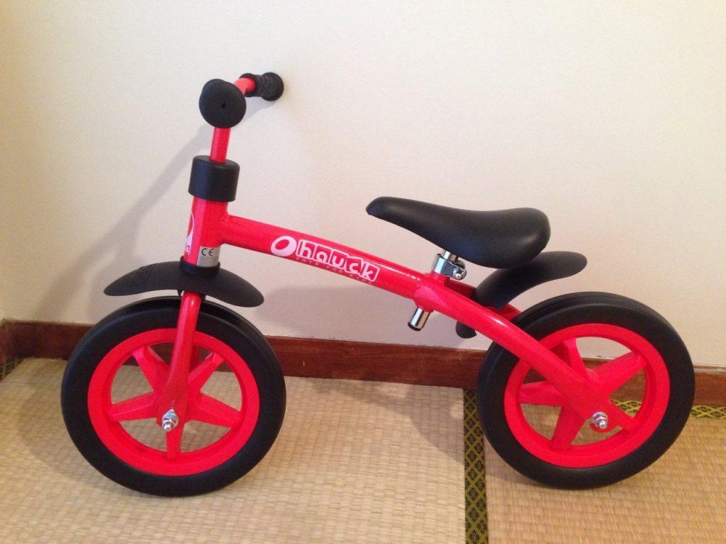 コストコのバランスバイクはストライダーの半額以下!?子供のプレゼントにも最適!