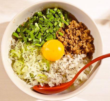 油そばとラーメンとつけ麺どれがカロリー多い?結局どれが太りやすいの?