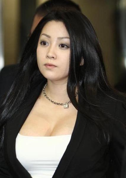 歴代AV女優人気ランキング小向美奈子