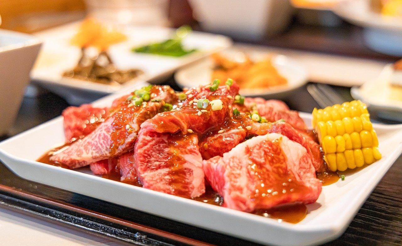 焼肉食べ放題が不味くて満足できない!高い値段の焼肉バイキングじゃないと肉の質はよくないのか?
